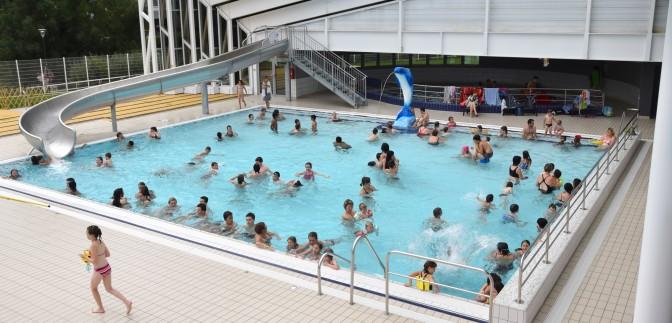 Baignade en sud mayenne piscines plan d 39 eau jeux d 39 eau - Piscine la vague horaire ...