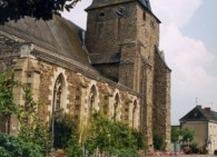 EGLISE SAINT MARTIN DE BAZOUGES - Château-Gontier-sur-Mayenne