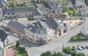 HOTEL RESTAURANT LE RELAIS - Saint-Quentin-les-Anges