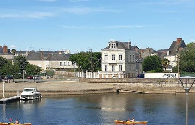 CHAMBRES D'HÔTES - AUX TROIS MOULINS 8 - Château-Gontier-sur-Mayenne