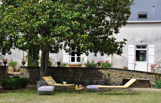 CHAMBRES D'HOTES LE ROCHER 3 - La Bazouge-de-Chemeré
