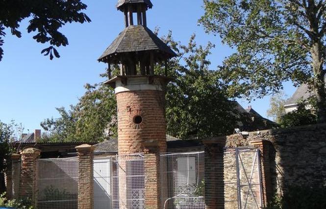 CHAMBRES D'HÔTES - CLEFS DU BONHEUR 24 - Château-Gontier-sur-Mayenne