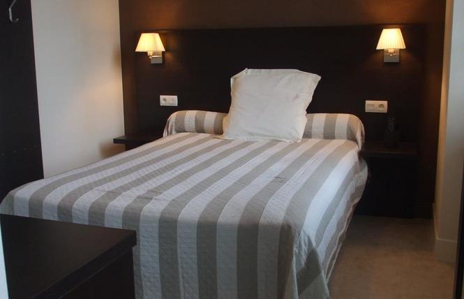 HOTEL RESTAURANT LE RELAIS 2 - Saint-Quentin-les-Anges