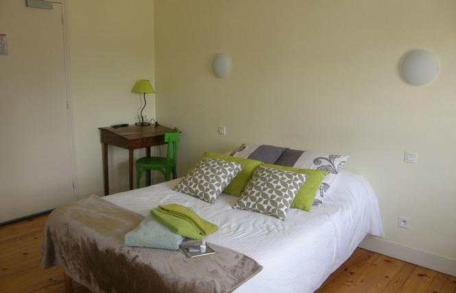 HOTEL RESTAURANT LE CAMELIA 7 - Ruillé-Froid-Fonds