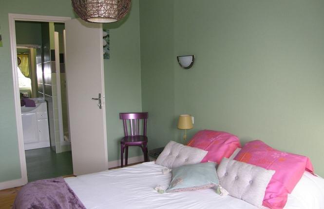 HOTEL RESTAURANT LE CAMELIA 9 - Ruillé-Froid-Fonds