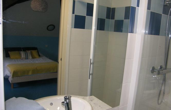 HOTEL RESTAURANT LE CAMELIA 10 - Ruillé-Froid-Fonds