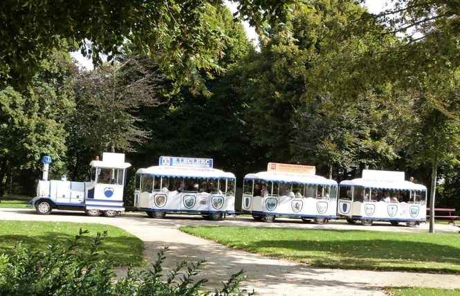 PETIT TRAIN TOURISTIQUE - LE CASTROGONTERIEN 5 - Château-Gontier-sur-Mayenne