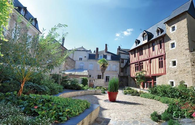 LA VILLE DE CHÂTEAU-GONTIER-SUR-MAYENNE 7 - Château-Gontier-sur-Mayenne