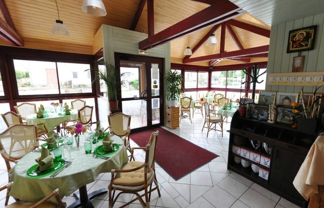 Restaurant le tahiti office de tourisme du sud mayenne - Office du tourisme tahiti ...