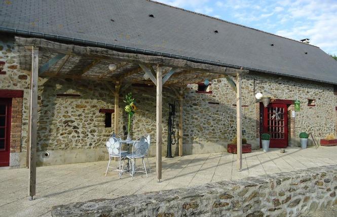 GÎTE DE GROUPE LE HAMEAU DE CYPRIEN 3 - Quelaines-Saint-Gault